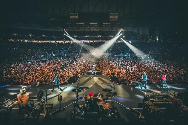 Guns N' Roses at Vivint Smart Home Arena